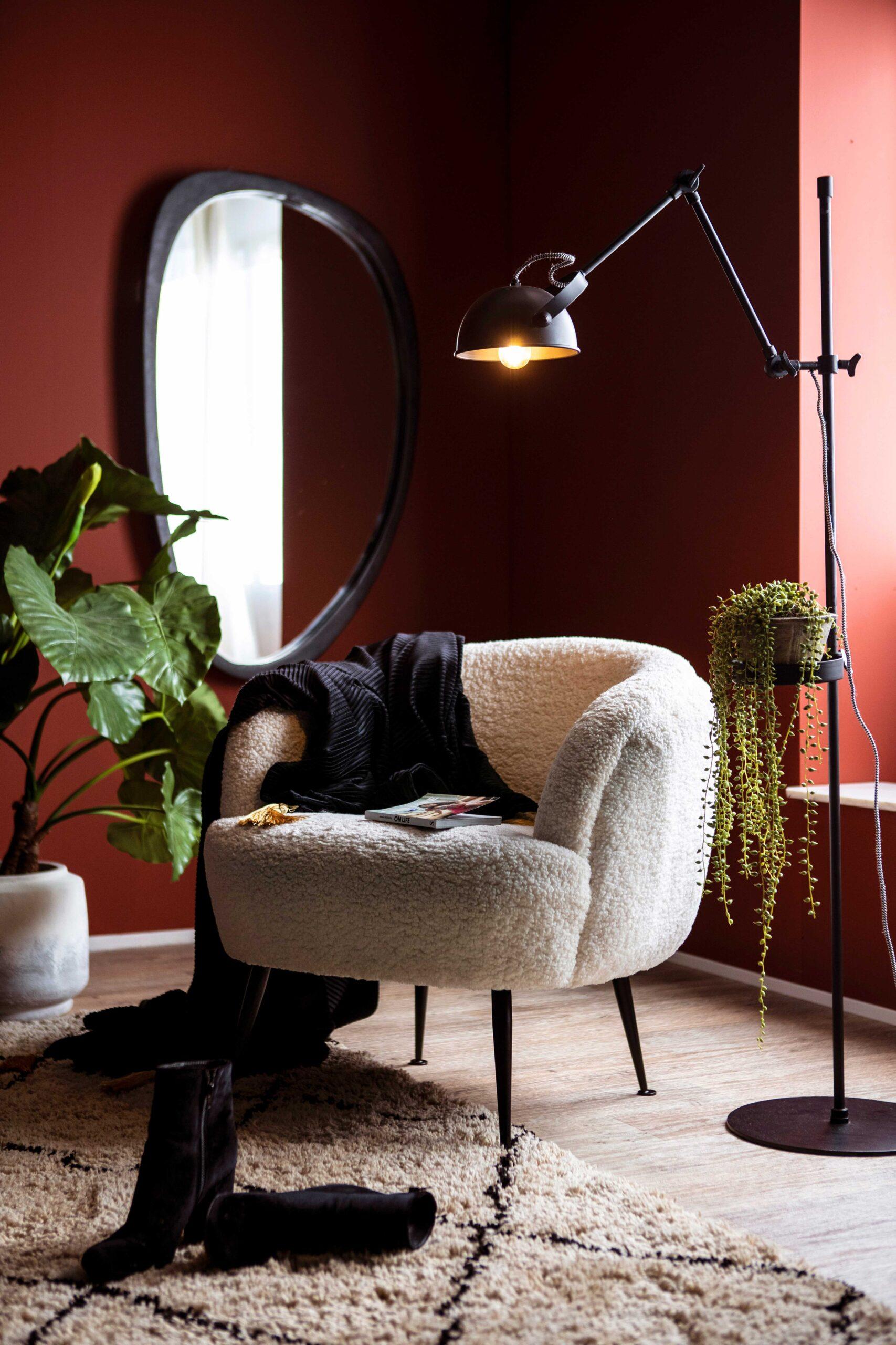 Babe fauteuil wit voor een warm interieur