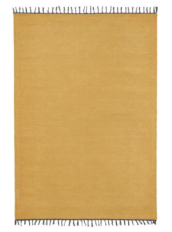 Balta karpet